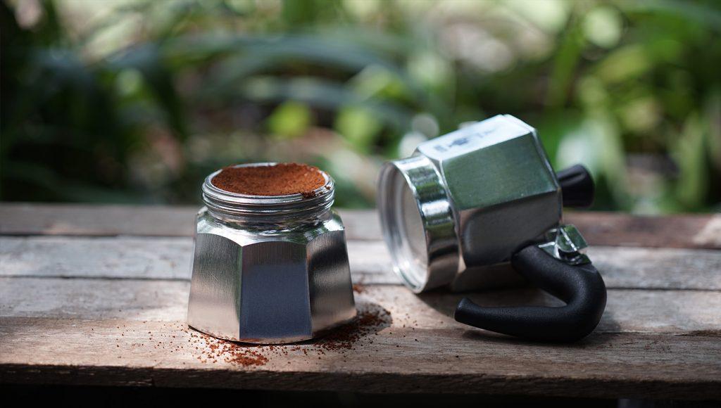 قهوه ساز موکا را تمیز کنید!